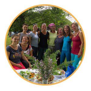 Yoga Gabi Peterseil Waldyoga